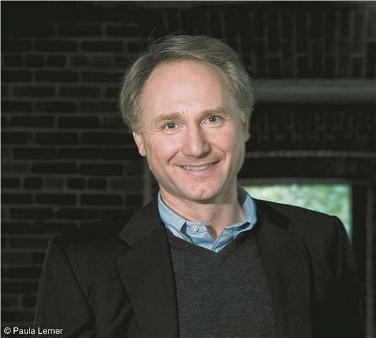 Dan Brown Kimdir